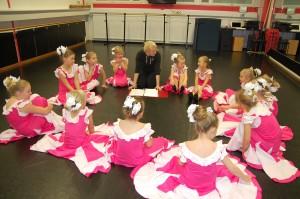 Kuva on Porin Baletti- ja Flamenco-opistolta. Kuvaaja: Maria Kause.